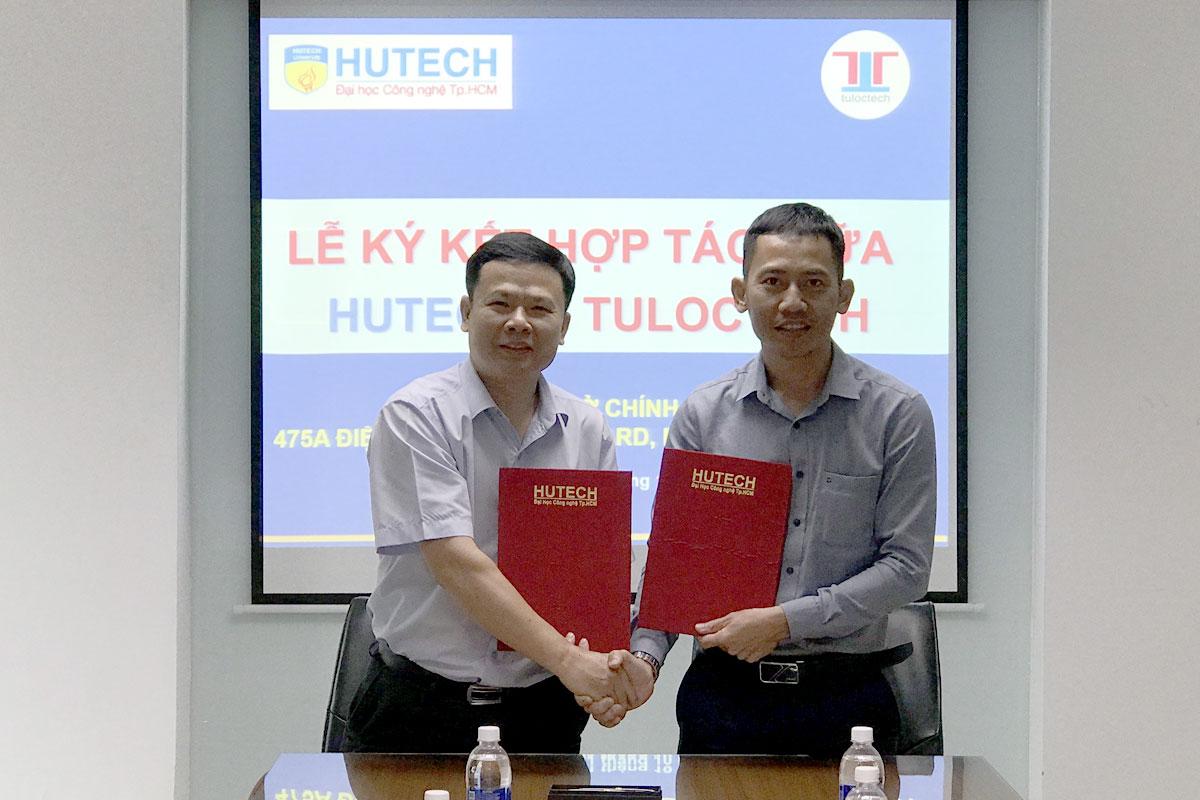 Giám đốc Nguyễn Tú Lộc và Thầy phó hiệu trưởng Phan Đình Nguyên